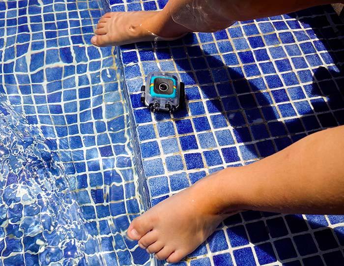 Polaroid Cube Plus agua