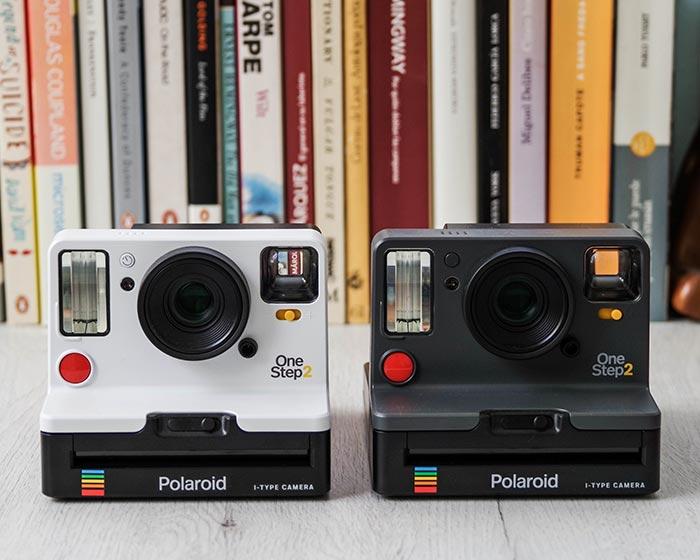 Polaroid OneStep 2 blanco grafito
